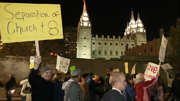 Protests outside the world headquarters of Temple of the Church of Jesus Christ of Latter Day Saints November 7, 2008 in Salt Lake City, Utah. (George Frey/Getty Images)