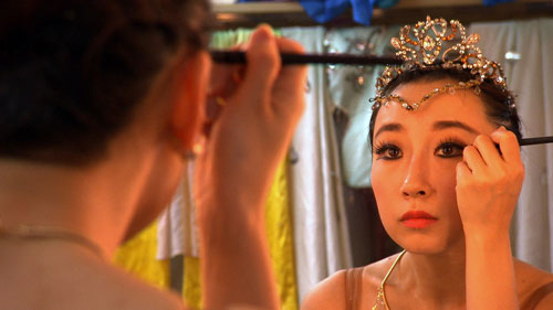 Ballet dancer Yalu Sun prepares for her performance as the Nightingale in CPAA's big annual fund raiser. Chinese Performing Arts of America has a professional dance company in addition to a dance accademy. Photo credit: Mike Elwell